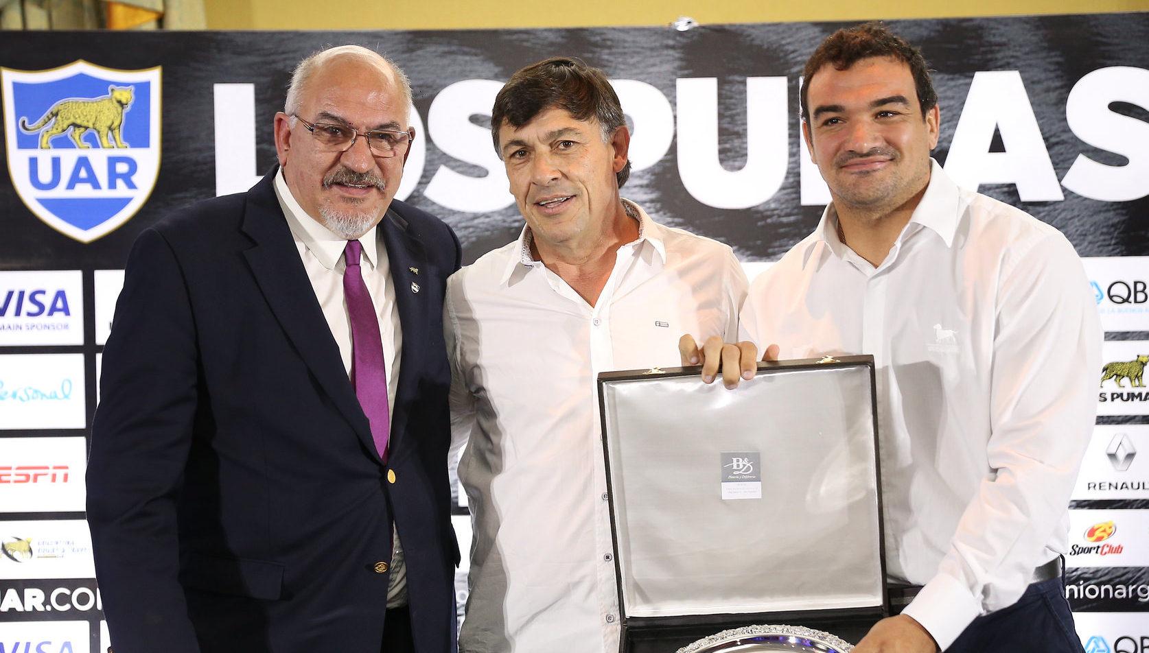 Carlos araujo vuelven nuestros clubes vuelve nuestro for Granitos nacionales argentinos